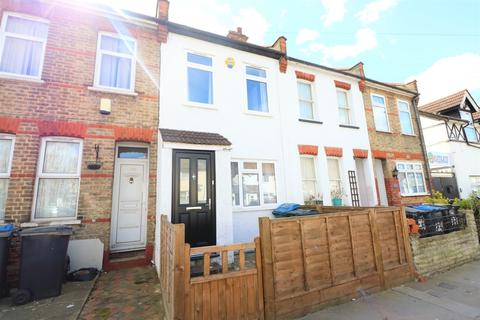 2 bedroom terraced house for sale - Boston Road, Croydon