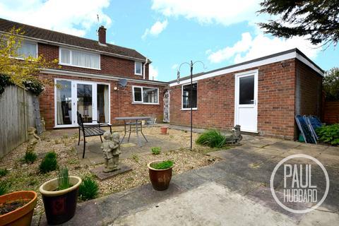3 bedroom semi-detached house for sale - Elm Tree Road, Oulton Broad, Suffolk