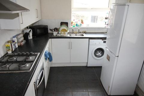 3 bedroom terraced house to rent - Stow Hill, Pontypridd