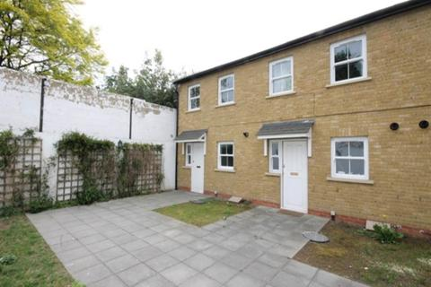 2 bedroom house to rent - Attock Mews, Walthamstow, London