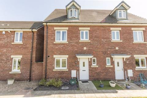 4 bedroom end of terrace house for sale - Beading Close, Newport - REF# 00002264