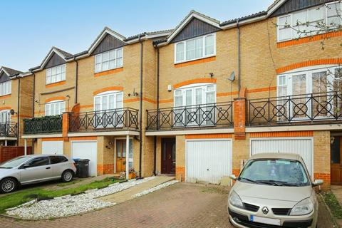 4 bedroom townhouse for sale - Punchard Crescent, Enfield Island Village