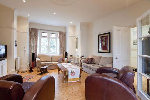 5 bedroom flat to rent - Onslow Gardens N10