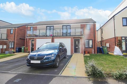 3 bedroom semi-detached house to rent - Osprey Walk, Newcastle Upon Tyne