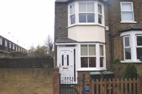 2 bedroom house to rent - Buckhurst Hill, Essex