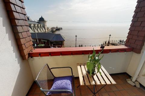 3 bedroom apartment for sale - Windsor Court, The Esplanade, Penarth