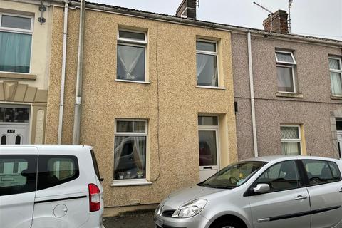 3 bedroom terraced house for sale - High Street, Llanelli