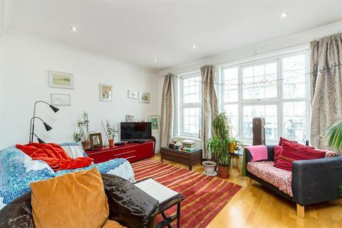 3 bedroom flat for sale - Colston Road, East Sheen, SW14