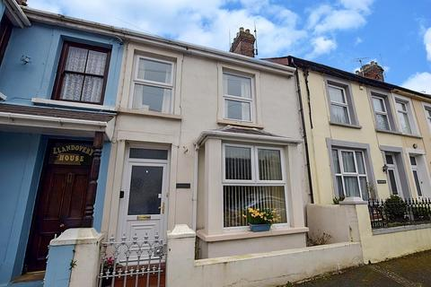 2 bedroom terraced house for sale - Goodwick