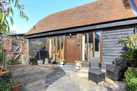 2 bedroom barn conversion to rent - High Street, Long Wittenham
