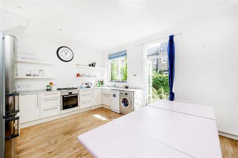 3 bedroom terraced house to rent - Thorpebank Road, W12