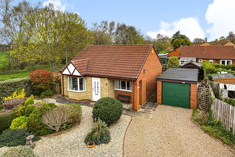 2 bedroom detached bungalow for sale - Elsham Crescent, Doddington Park, LN6