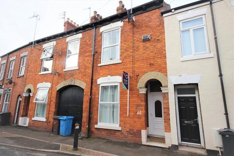 3 bedroom terraced house to rent - Hutt Street, Hull, HU3