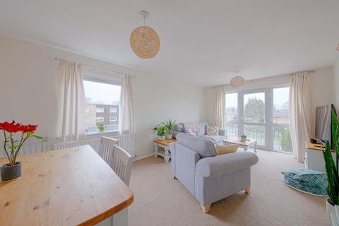 2 bedroom flat to rent - Riseley Road, Maidenhead, SL6