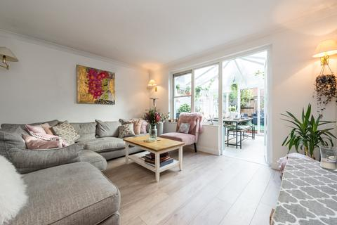 3 bedroom terraced house for sale - DOROTHY ROAD, CLAPHAM, SW11