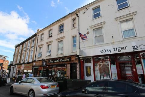 2 bedroom flat to rent - The Triangle, Bournemouth BH2
