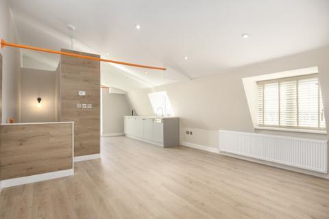 2 bedroom duplex to rent - Melville Villas Road, Acton, London, W3