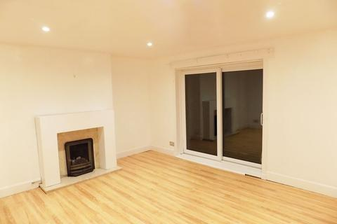 3 bedroom flat to rent - 61 Tannahill Crescent Flat 2-1, PA