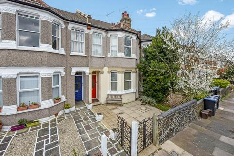 2 bedroom flat for sale - Beech Road, Bowes Park N11