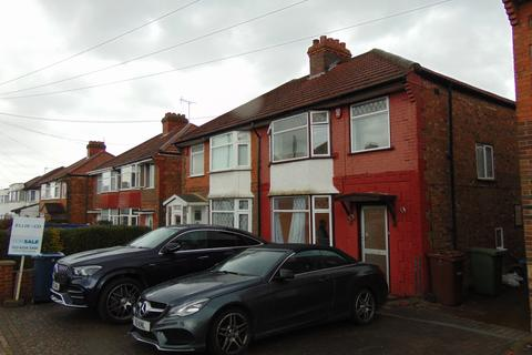 3 bedroom terraced house to rent - Nolton Place , EDGWARE HA8