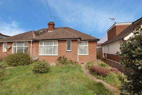 2 bedroom bungalow for sale - Chaucer Avenue, Rustington, Littlehampton, BN16