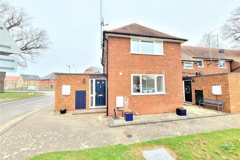 2 bedroom end of terrace house to rent - Hill Road, Arborfield, Reading, RG2 9LP