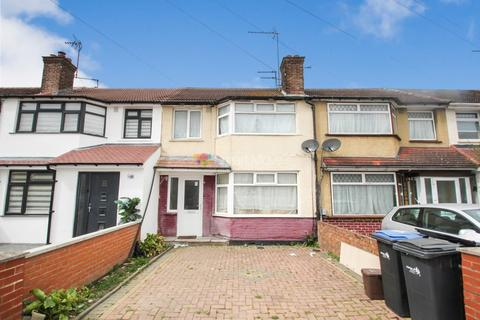 3 bedroom terraced house for sale - Charlton Road, Edmonton, N9
