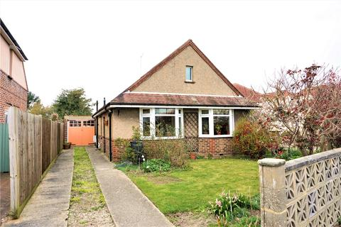2 bedroom bungalow for sale - Woodside Road, Worthing, BN14