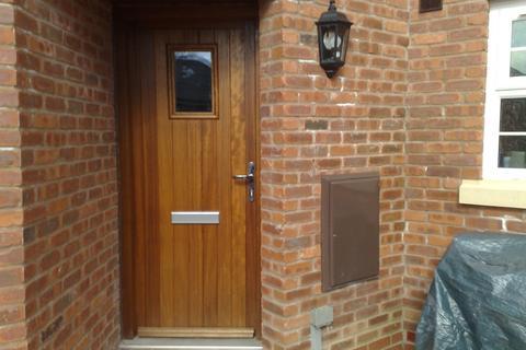 1 bedroom flat to rent - Main Road Apartment, Shavington, CW2