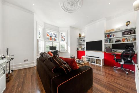 2 bedroom flat for sale - Leathwaite Road, SW11