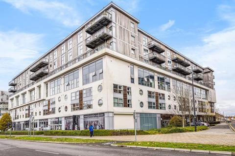 2 bedroom apartment to rent - The Paramount,  Beckhampton Street,  SN1
