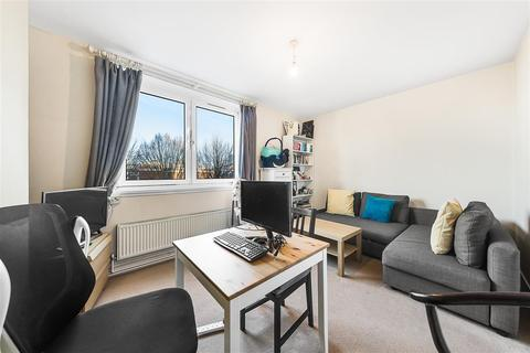 1 bedroom flat to rent - Maysoule Road, SW11