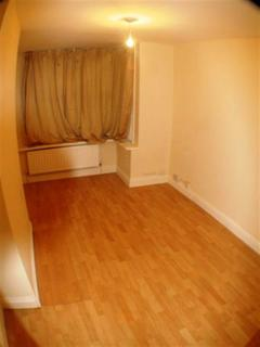 3 bedroom terraced house to rent - Connaught Road, Reading