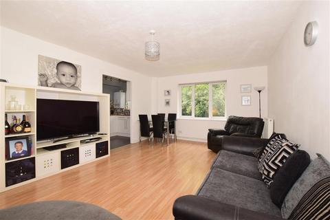 2 bedroom ground floor flat for sale - Ludford Close, Croydon, Surrey
