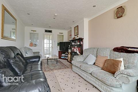 3 bedroom semi-detached house for sale - Nutbush Drive, Northfield
