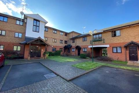 2 bedroom flat to rent - SHAFTESBURY COURT LUDLOW ROAD SL6