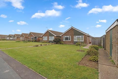 2 bedroom detached bungalow for sale - Kipling Walk, Eastbourne BN23