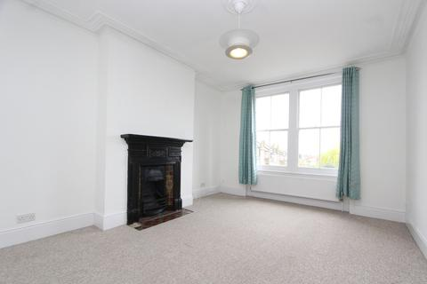 2 bedroom flat to rent - Methuen Park, Muswell Hill