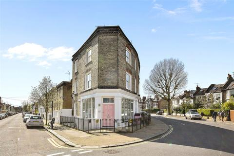 2 bedroom flat for sale - Dalling Road, Brackenbury Village, London, W6