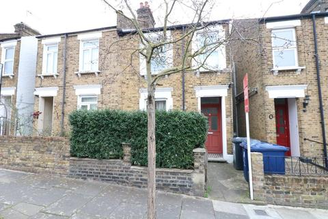 3 bedroom apartment to rent - Wells House Road, London