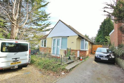 3 bedroom apartment for sale - Parkstone, Poole