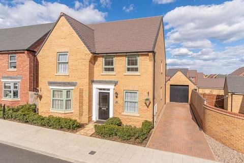 4 bedroom detached house for sale - Blairgowrie Road, Corby