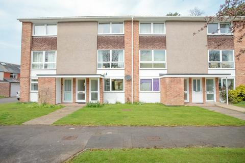 2 bedroom apartment to rent - Wykeham Crescent, Oxford