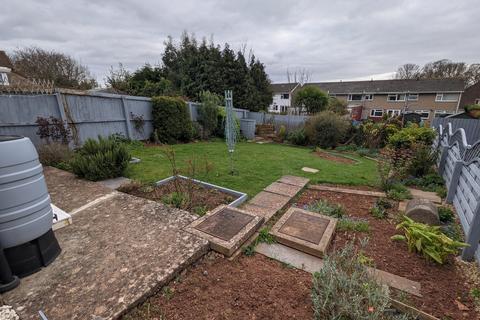 2 bedroom semi-detached bungalow to rent - Arlington Road, Sully, Penarth