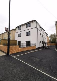 3 bedroom apartment to rent - Charlton Road, Kingswood, Bristol