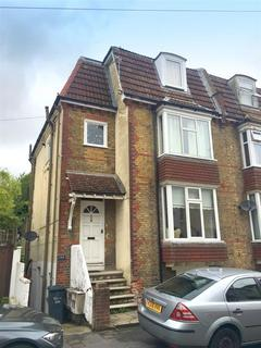 1 bedroom flat for sale - The Close, Rochester