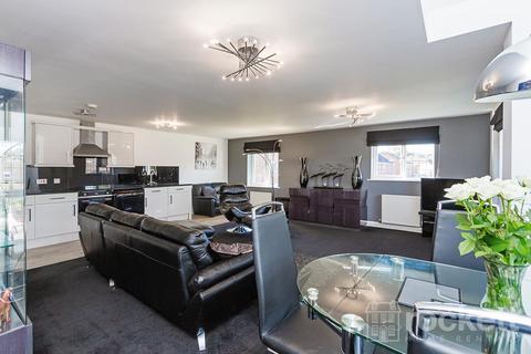 3 bedroom penthouse to rent - Kings Oak Court , Tittensor