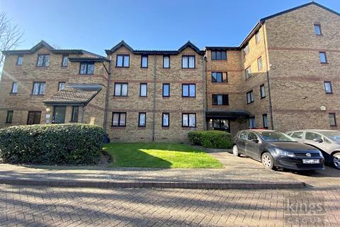 1 bedroom flat for sale - Gartons Close, Enfield
