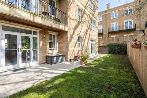 2 bedroom flat for sale - Spencer House, 1 Chambers Park Hill, Wimbledon, London, SW20