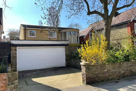 3 bedroom detached house for sale - Barrowgate Road, Chiswick, London, W4
